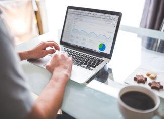 Pozycjonowanie strony w wyszukiwarkach a korzyści dla firmy