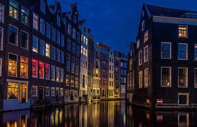 Jak uzyskać zwrot podatku z Holandii