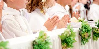 Strój na pierwszą komunię świętą